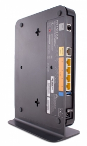 thumb_Z5lC_260734-netgear-n600-wireless-dual-band-gigabit-adsl-modem-router-back.jpg